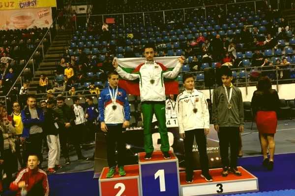 Златен медал за нашия състезател Теодор Здравков от откритото състезание на Сърбия